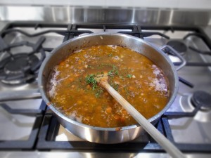 Simmering mince for hachis parmentier