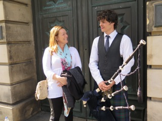 Cathleen flirting with a Hot Scot
