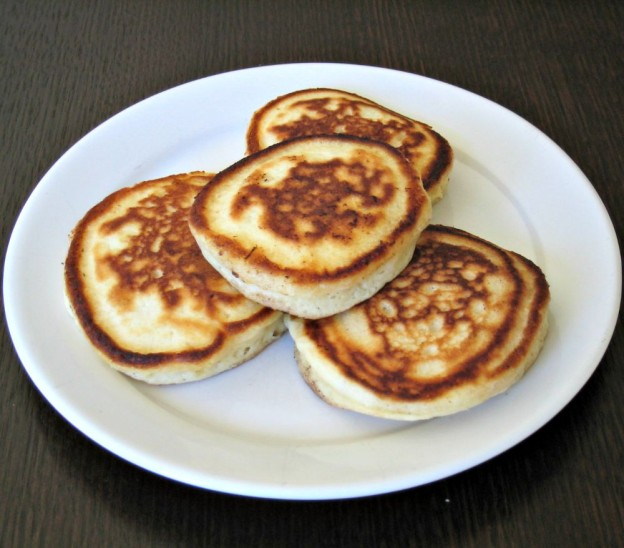 Fluffy pikelets on Friday Feast