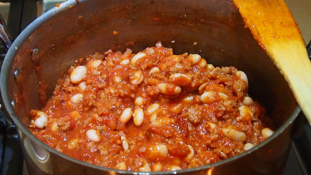 Tomato, sausage mince and beans