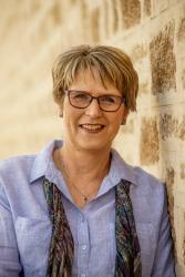 Author Tricia Stringer
