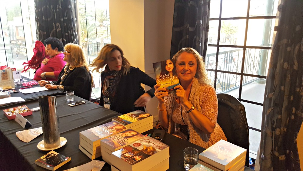2016 ARRA booksigning - Mandy Magro