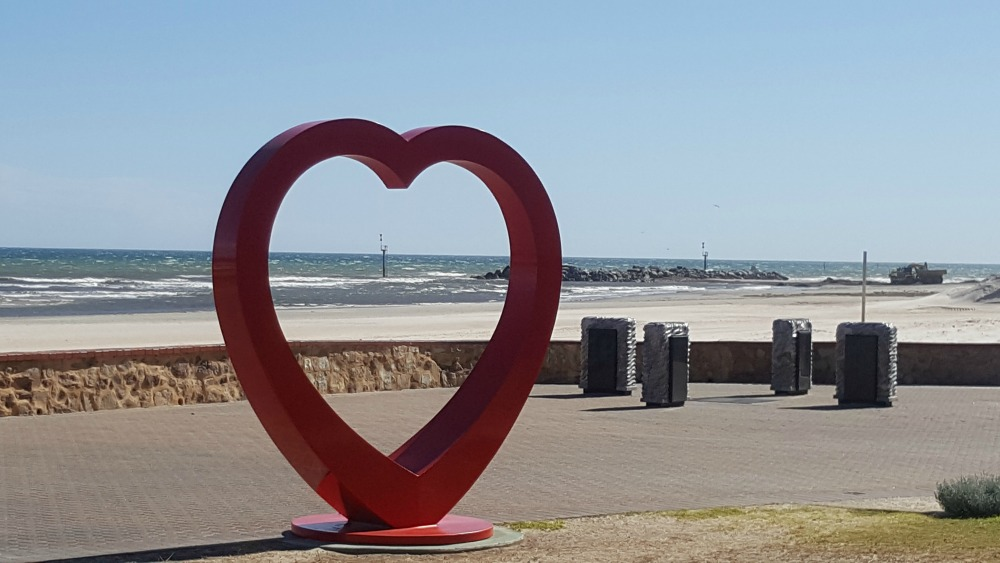 Glenelg Heart Sculpture