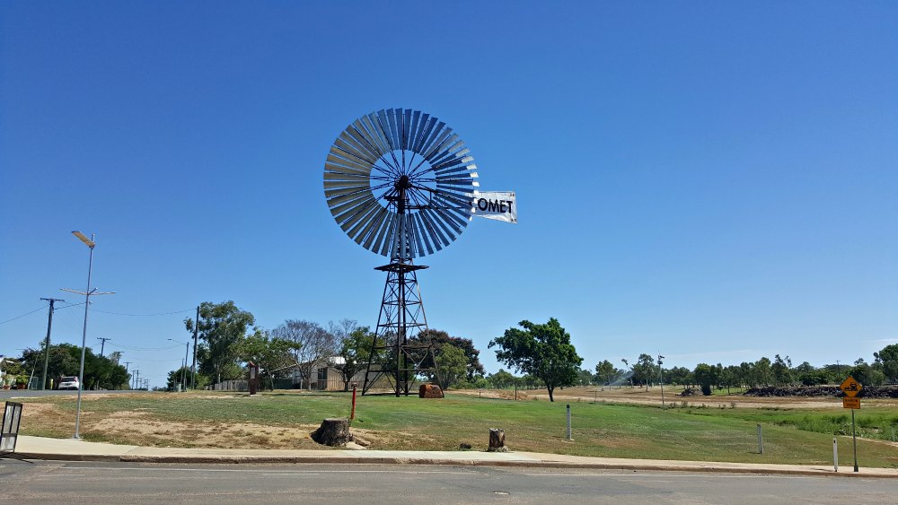 The Comet windmill Hughenden