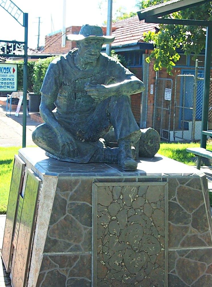 Swagman statue