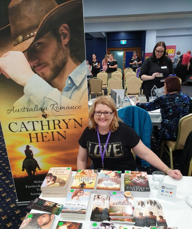 Cathryn Hein at ARR2020 booksigning